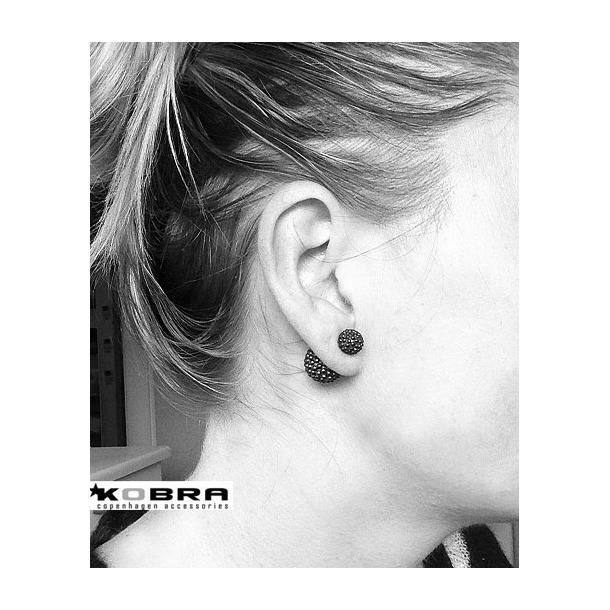 Mørkebrune perle øreringe i sølv