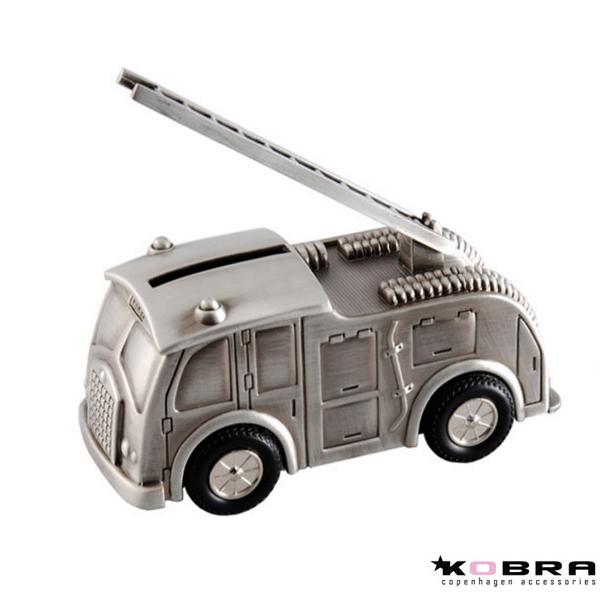 Sparegris som forestiller en brandbil / perfekt dåbsgave ide