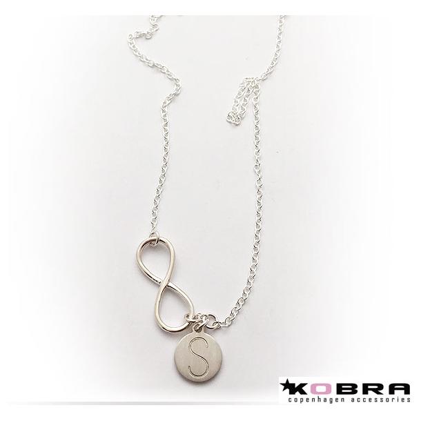 Halskæde i sølv med Infinity og lille tag - inklusiv din gravering