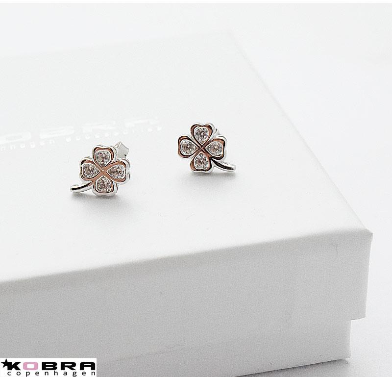 Små fyrklöver silverörhängen med vita stenar - Silverörhängen ... 9f0b656be5583