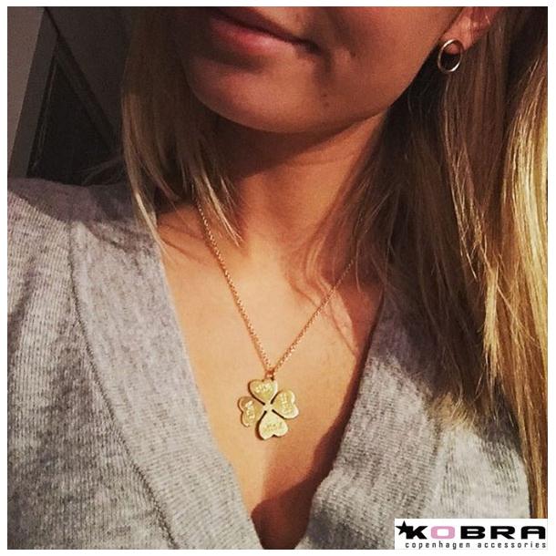 Sølv halskæde med hjerte firkløver, personligt graveret