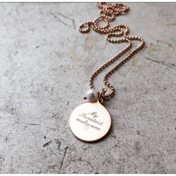 ID tag i 14 karat forgyldt rose guld med perle, inklusiv personlig gravering