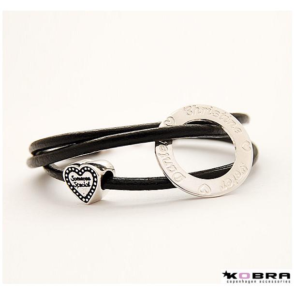 3i1 sort læderarmbånd med sølv Love Wheel og hjerte charm, inklusiv gravering