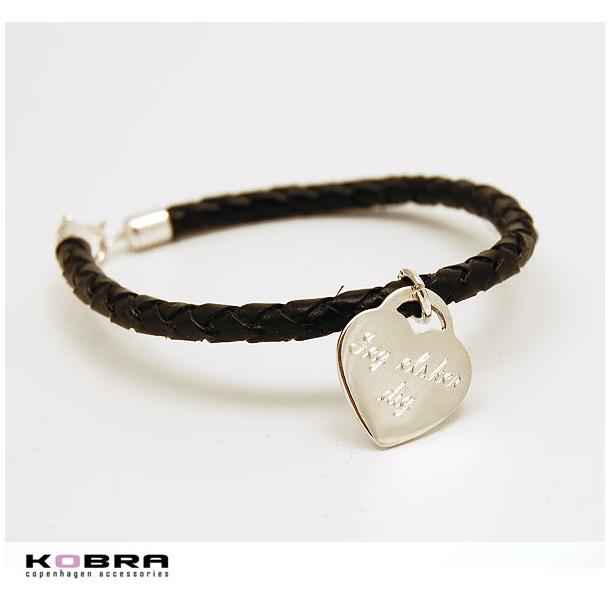 Flettet læderarmbånd med sølv hjerte, inklusiv gravering