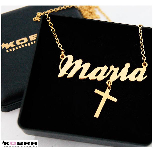 Navnehalskæde i guld med kors